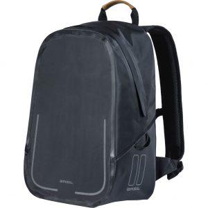 Basil backpack Urban dry matt black kopen bij FlorisFietsen in Hoogezand